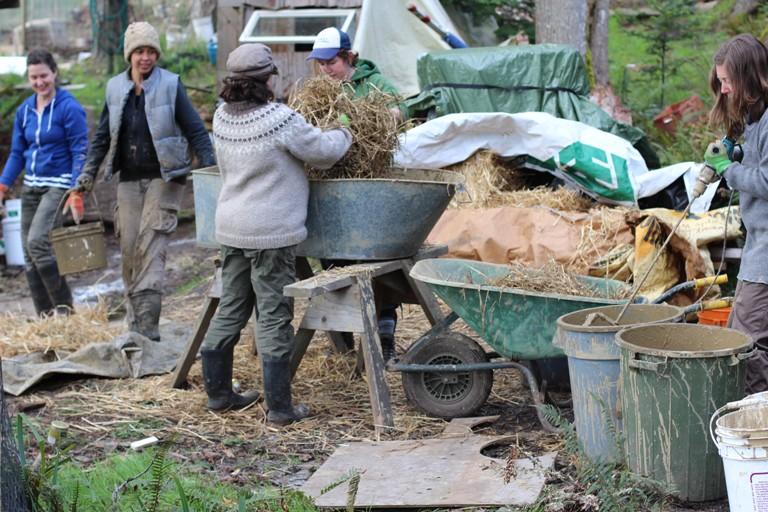 Mudgirls at work (photo by Mudgirls)