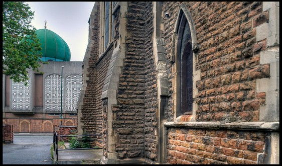 Mosque and church, by Jonathan Gill, via Flickr Commons