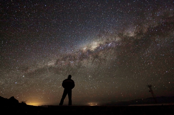 admiring_the_galaxy-1024x682